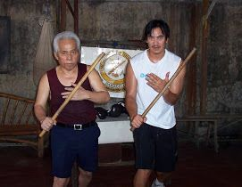 Training with GM Piloy Roma. Cebu, Philippines, 2005